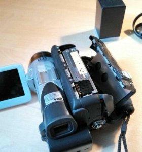 Видеокамера JVC DF570EMini DV
