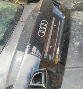 Для ауди а6 крышка багажника