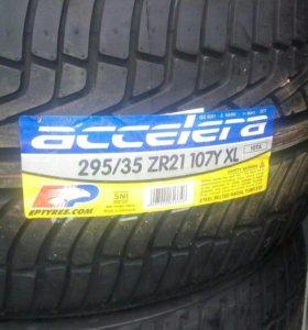 ACCELERA IOTA 295/35/21
