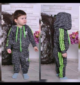Детский спортивный костюм новый 105-110