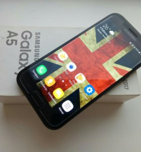 Samsung Galaxy A5 2017 (5,2, 32Gb, 3Gb, 16мп, NFC)