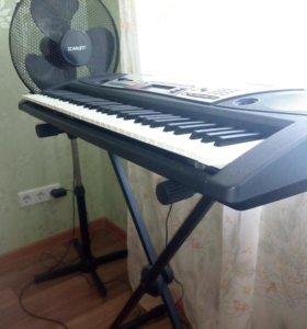 """Продам синтезатор """"Ямаха""""PSR-172"""