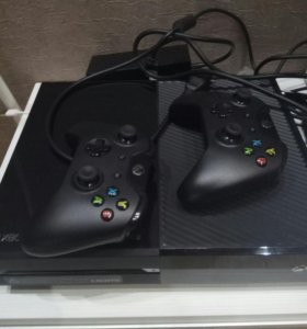 Xbox One 500 GB, весь комплект,игры