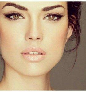 Набор моделей для макияжа