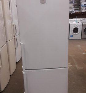 Новый холодильник Bosch KGN36XW14