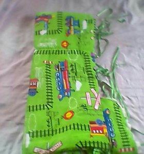 Комплект в кроватку детскую