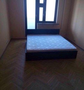 Новая кровать 140*200 с матрасом!!