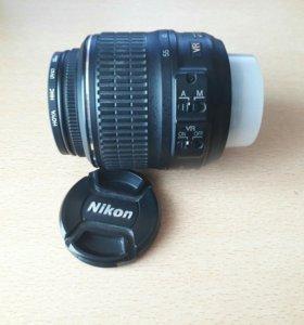 Объектив Nikon DX 18-55
