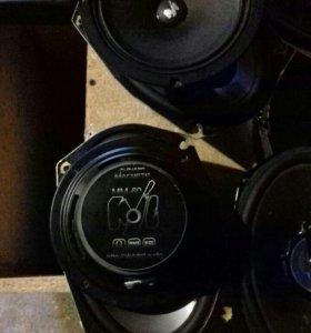 Аудио система в машину