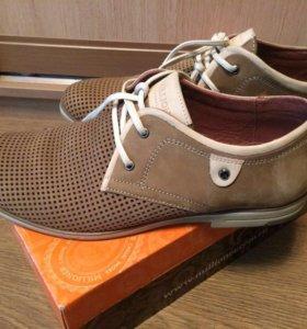 Мужские туфли перфорация Millioner