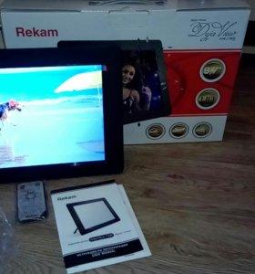 Цифровая фоторамка Rekam f105.