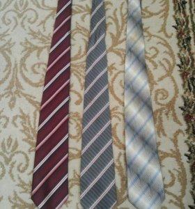 Продам галстуки недорого