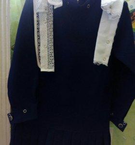 Школьное платье для первоклашки.