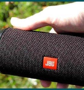 Ощущай драйв от бит-музыки с колонкой JBL