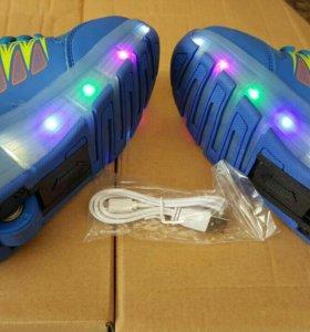 Кроссовки светящиеся на роликах синие