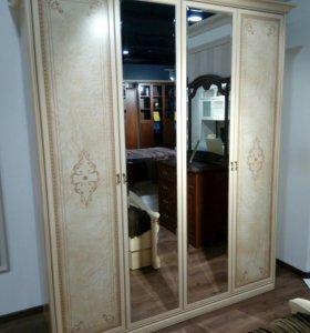 Шкаф с салона
