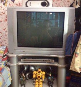 Телевизор,двд,сабвуфер ,5 колонок,подставка!