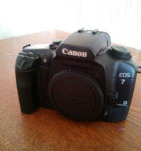 Canon EOS 7 (пленочный)