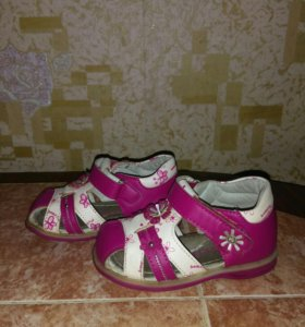 Туфли для девочки 21 р