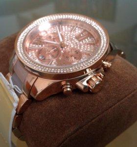 Часы Michel Kors,оригинал ,новые