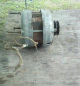 Злектродвигатель