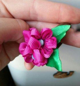 Резинка для волос (канзаши, цветочки)