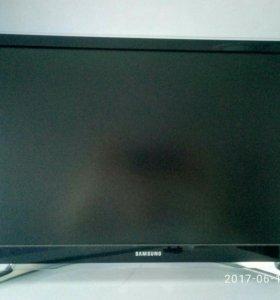 Телевизор Samsung LED UE22H5600AK 22дюйма(55.88см)