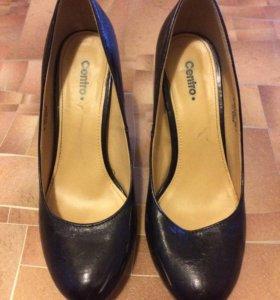 Туфли на каблуке чёрные