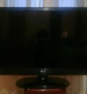 Телевизор - LG
