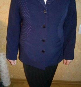 Пиджак ярко синий,новый.