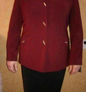 Новый бордовый пиджак.