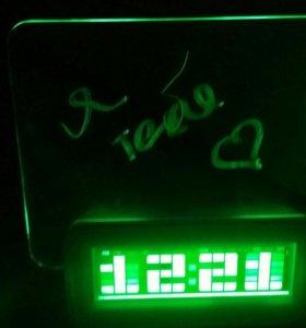 Новые часы - будильник, календарь