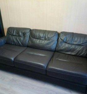 Продается диван б/у