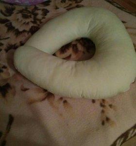 Подушка для кормления младенца(с наволочкой)