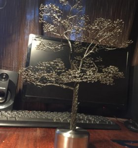 Дерево из железной проволки