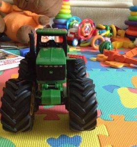 Трактор tomy john deere С большими колесами, вибра