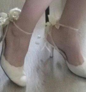 Свадебные туфли NicoleKolev, 38 р-р