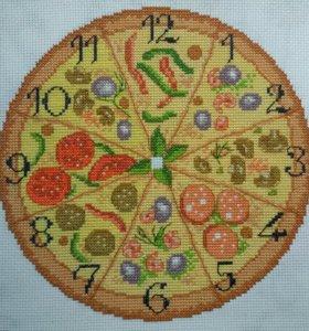 """Вышитые часы """"Пицца"""", без оформления."""