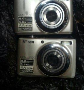 Фотоаппарат Nikon рабочем состояни