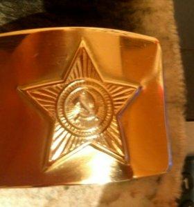 Латунная (золотая) солдатская бляха