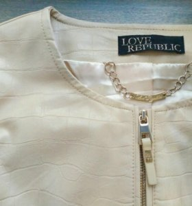 Новая куртка короткая Love Republic