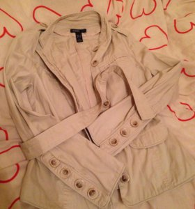 Пальто светлый плащ пиджак mango MNG