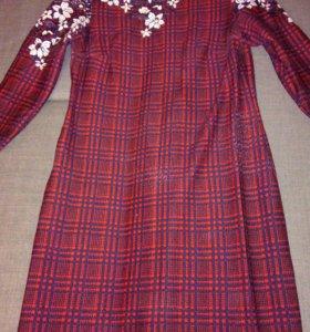 Трикотажное платье р-р 48-50