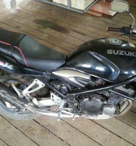 SUZUKI BANDIT V 250