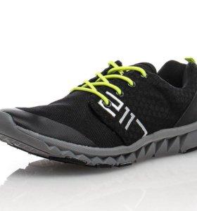Мужские кроссовки 40 размер