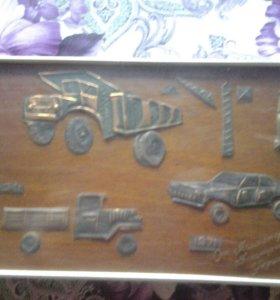 Ретро картина с изображением старинных машин.