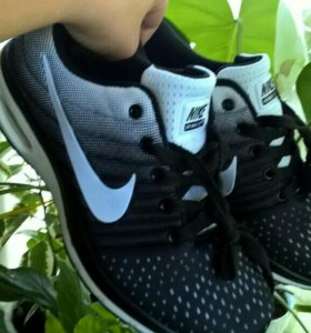 Новые кроссовки все размеры