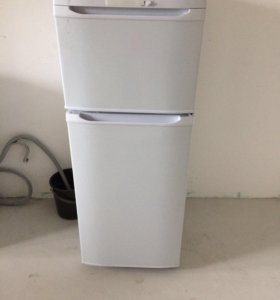 Холодильник Бирюса R122CA