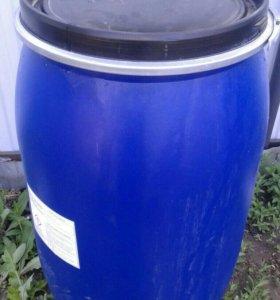 Бочки 200 литров, так же есть 230 литров