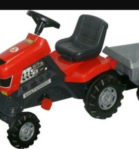 Детский трактор-каталка